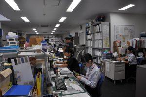 写真:事務室風景